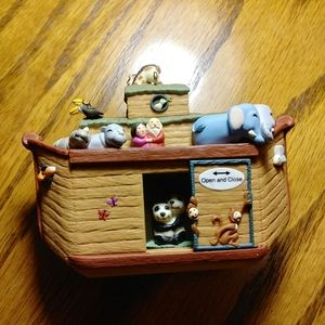Hallmark Christmas Ornament Noahs Ark